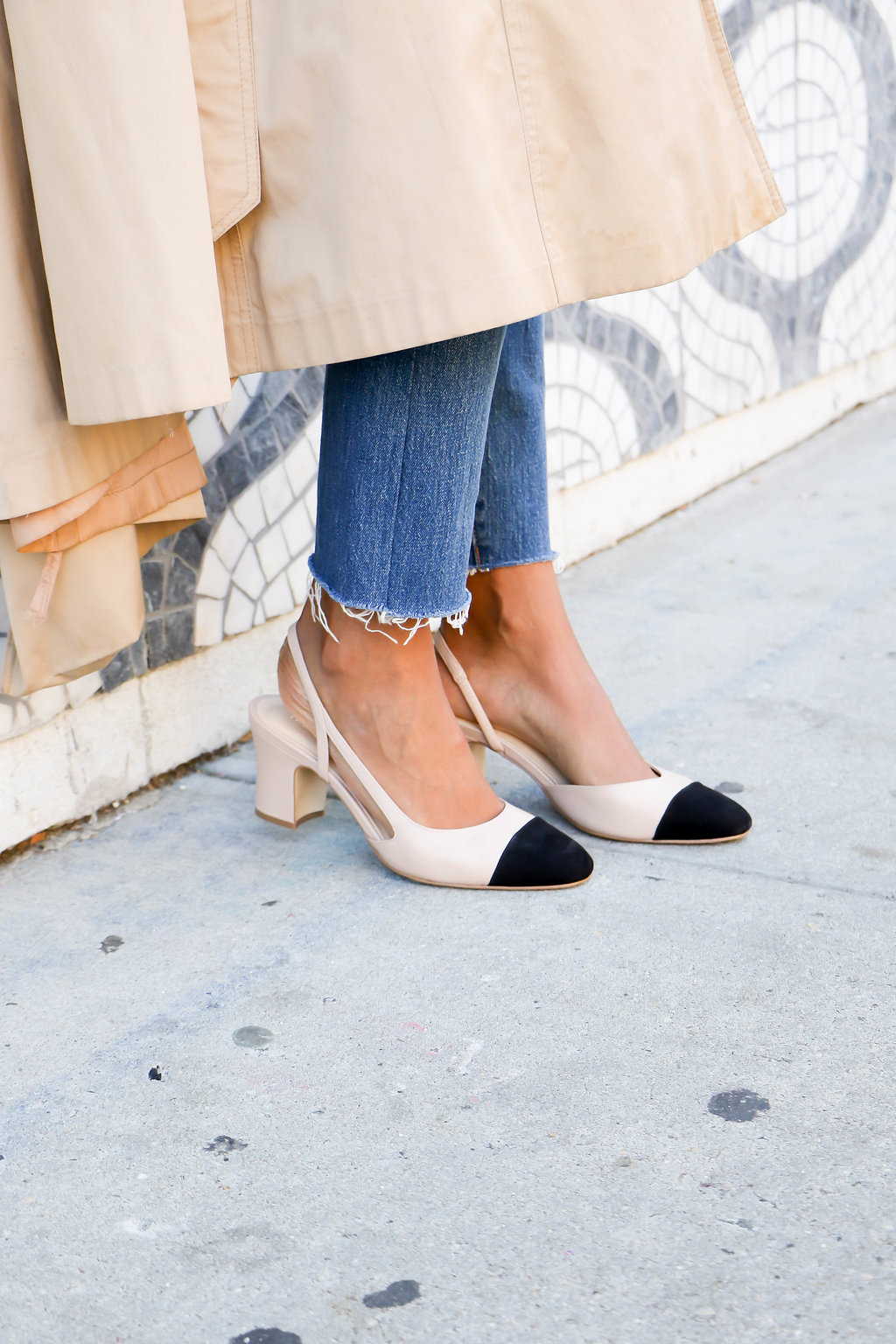 5 Fall Outfits To Wear With The Sling Back Heel