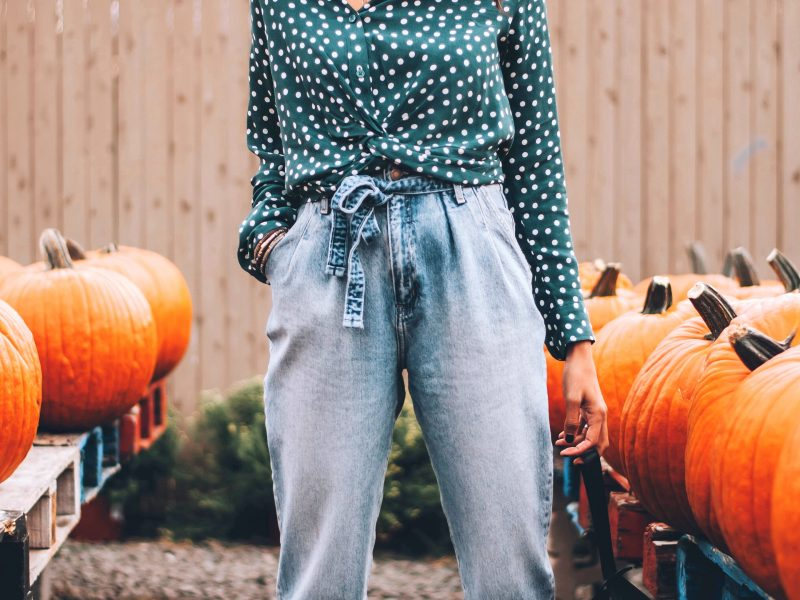 Trend Alert: The Paper Bag Waist Pants and How To Rock